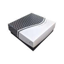 Cutie din carton pentru prăjituri cu aluminiu pe interior